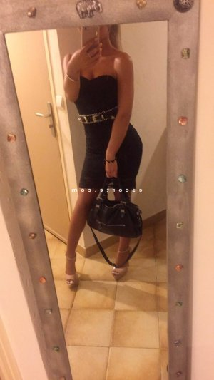 Celyane massage naturiste ladyxena escorte girl
