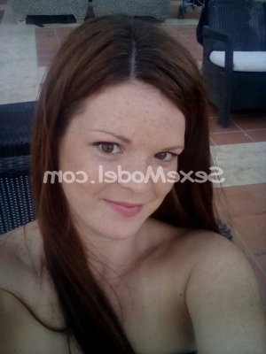 Maguy massage escorte girl