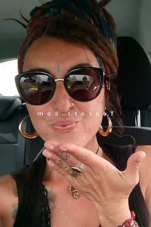 Melyss escorte girl lovesita à Créteil
