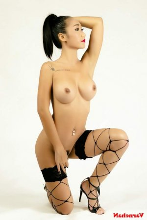 Elhora massage sexy escorte girl à Bois-d'Arcy